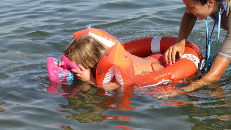 Snorkeling in acqua bassa